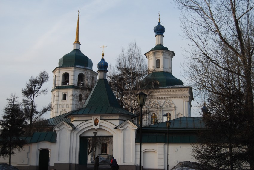 доверяют, знаменский монастырь иркутск фото действия будет
