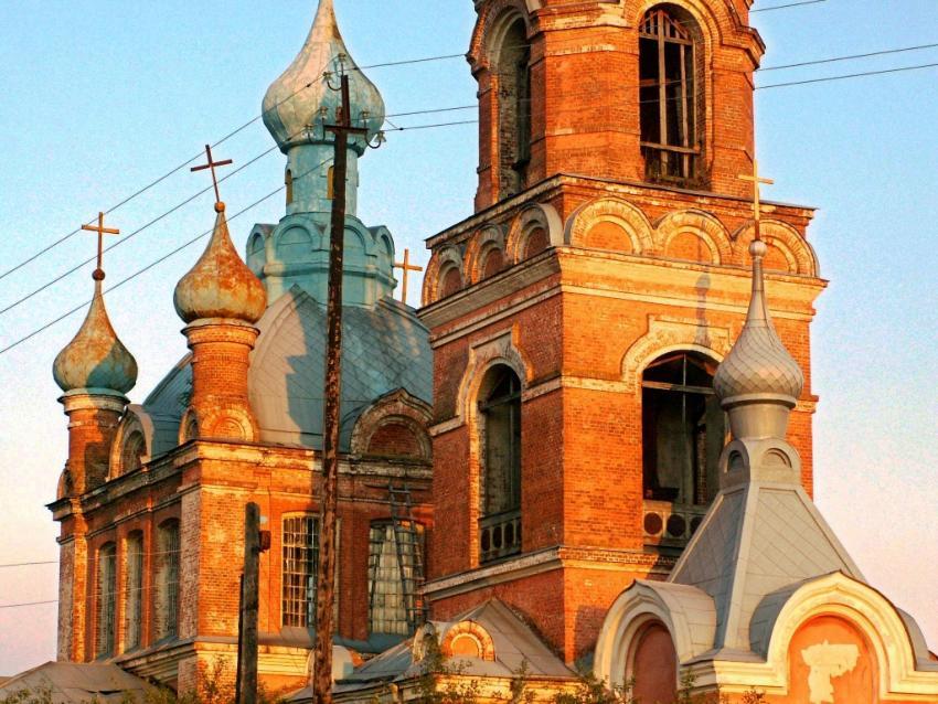 Курская область, Обоянский район, Филатово. Церковь Георгия Победоносца, фотография. фасады