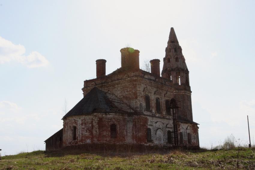 Церковь Смоленской иконы Божией Матери, Никитское
