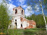 Жуковицы. Петра и Павла, церковь