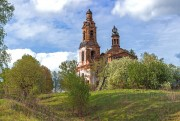 Михеевское. Знамения Честного Креста Господня, церковь