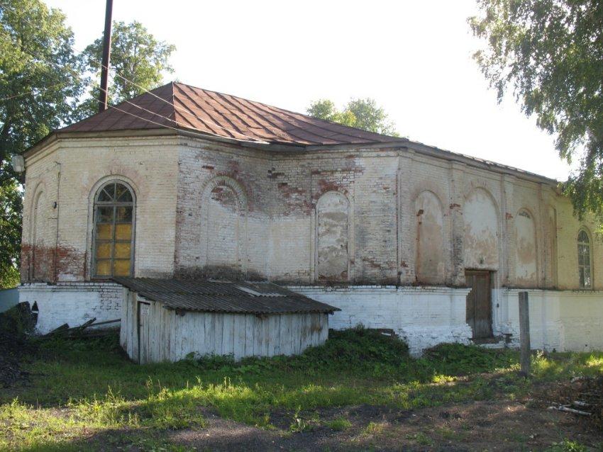 Республика Удмуртия, Увинский район, Кыйлуд. Церковь Богоявления Господня (старая), фотография. фасады