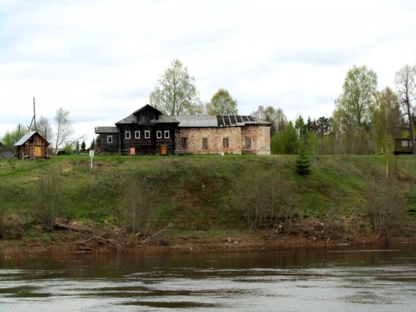 Вологодская область, Тотемский район, Коченга (Коченьга). Церковь Спаса Преображения, фотография. фасады, вид с юга