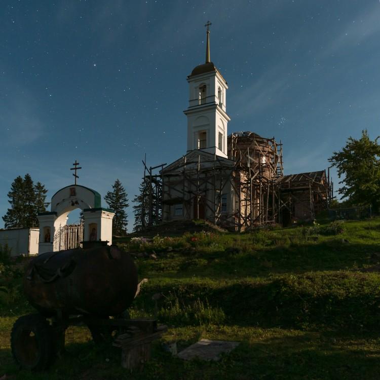Новгородская область, Хвойнинский район, Видимирь. Церковь Троицы Живоначальной, фотография.