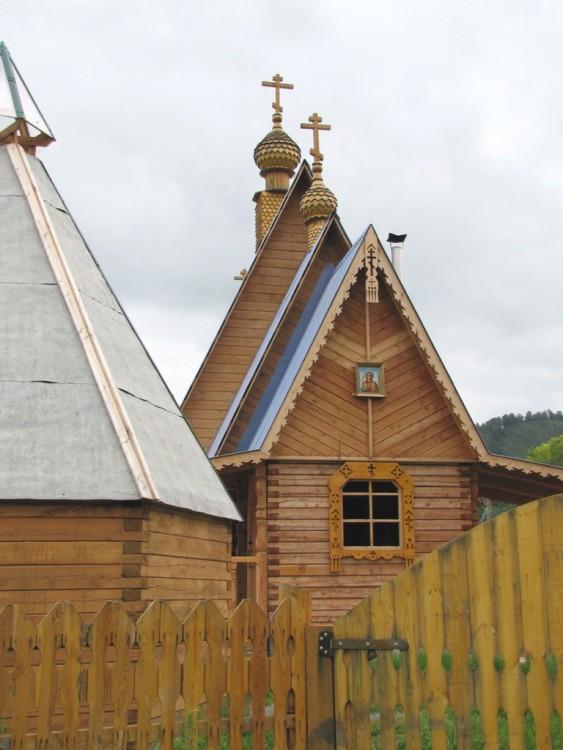 Церковь Михаила Архангела, Мыюта
