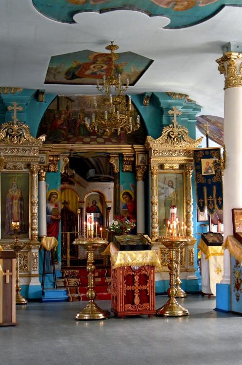 Астраханская область, Астрахань, город, Астрахань. Церковь Иоанна Предтечи на старом кладбище, фотография. интерьер и убранство