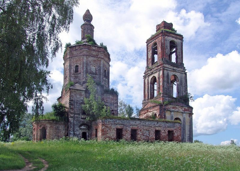 Костромская область, Нерехтский район, Татьянино. Церковь Рождества Христова, фотография. общий вид в ландшафте