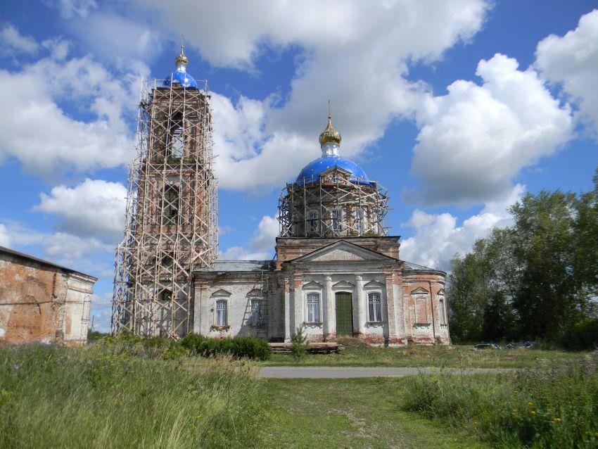 Ивановская область, Гаврилово-Посадский район, Бородино. Церковь Михаила Архангела, фотография. общий вид в ландшафте
