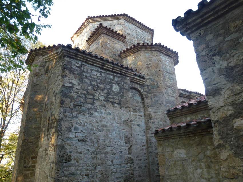 Грузия, Кахетия, Старая Шуамта. Монастырь Дзвели Шуамта, фотография. архитектурные детали