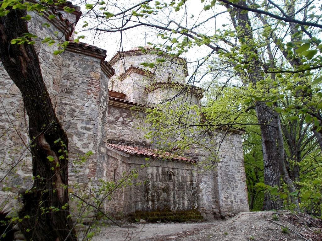 Грузия, Кахетия, Старая Шуамта. Монастырь Дзвели Шуамта, фотография. фасады, Купольные церкви