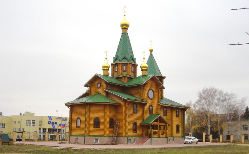 Нижегородская область, Дзержинск, город, Дзержинск. Церковь Сергия Радонежского, фотография. общий вид в ландшафте