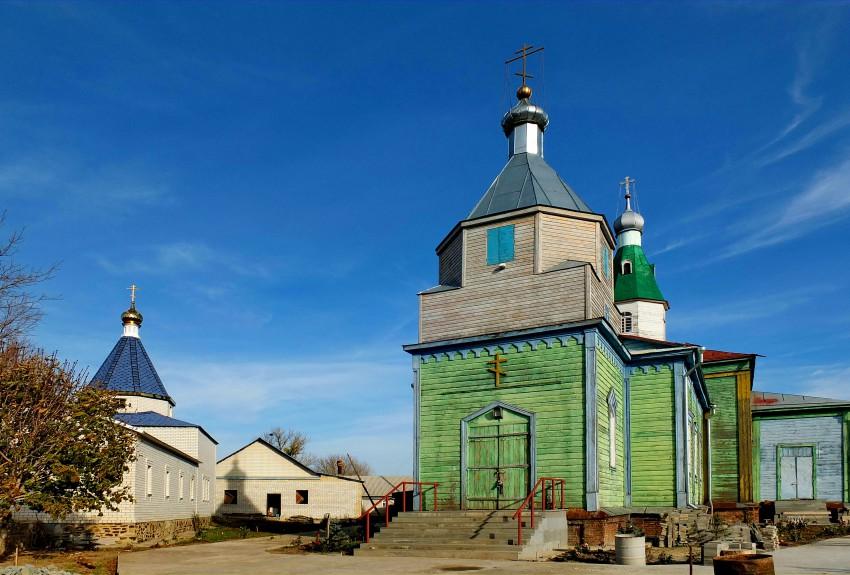 Покровский мужской монастырь, Верхнемакеевка