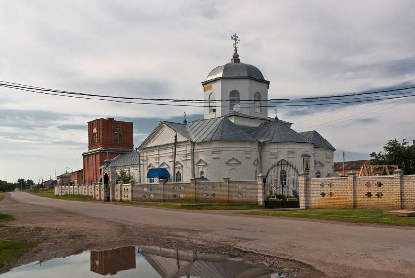 Ульяновская область, Старомайнский район, Старая Майна. Церковь Богоявления  Господня, фотография. фасады