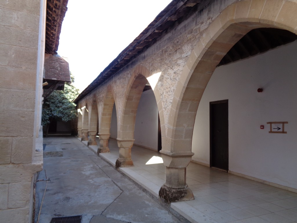 Кипр, Пафос, Пано Панагия. Монастырь Панагии Хрисороятиссы, фотография. фасады