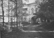 Горки. Новоиерусалимское архиерейское подворье. Церковь Иверской иконы Божией Матери