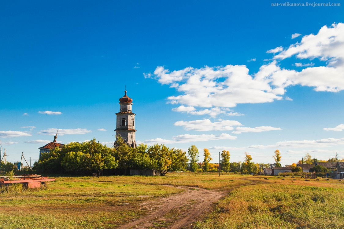 Церковь Троицы Живоначальной (старая), Кашинка