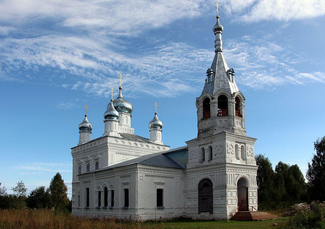 Костромская область, Нейский район, Заингирь. Церковь Троицы Живоначальной, фотография. фасады