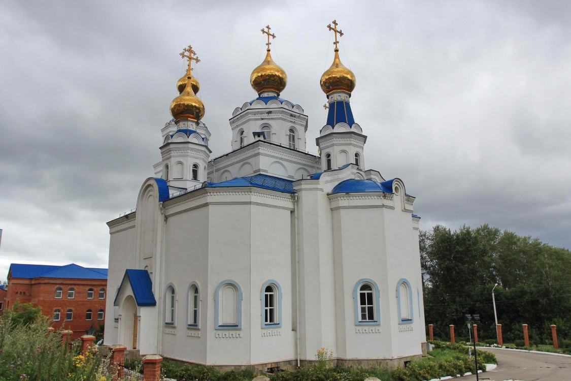 Челябинская область, Миасс, город, Миасс. Собор Богоявления Господня, фотография. фасады