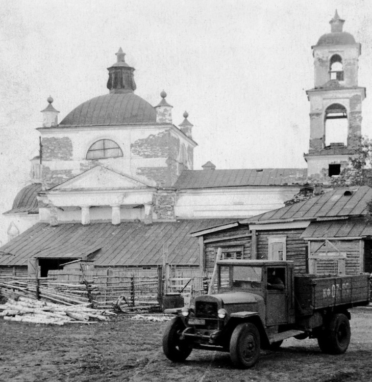 Церковь Спаса Нерукотворного Образа, Сладкокарасинское