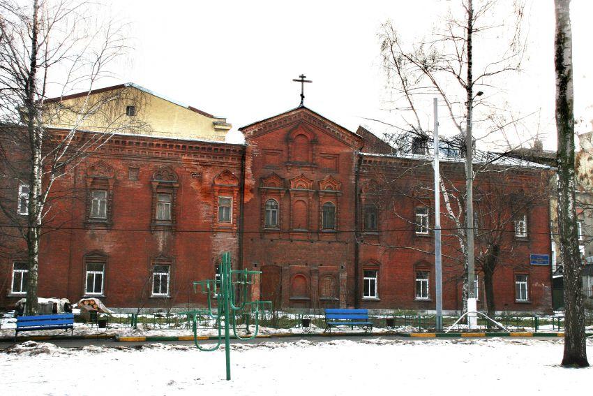 Церковь Спаса Всемилостивого в здании бывшего рукодельного корпуса Скорбященского монастыря, Москва