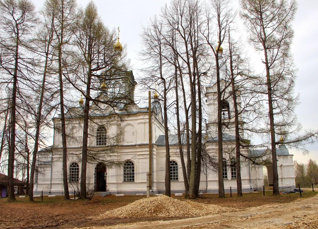 Церковь Троицы Живоначальной, Кугалки