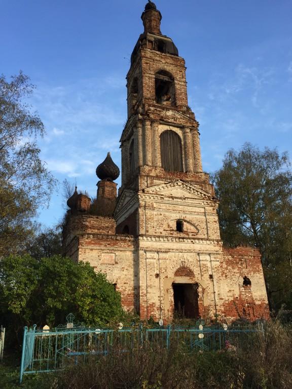 Костромская область, Красносельский район, Николо-Мостки, урочище. Церковь Рождества Пресвятой Богородицы, фотография. фасады