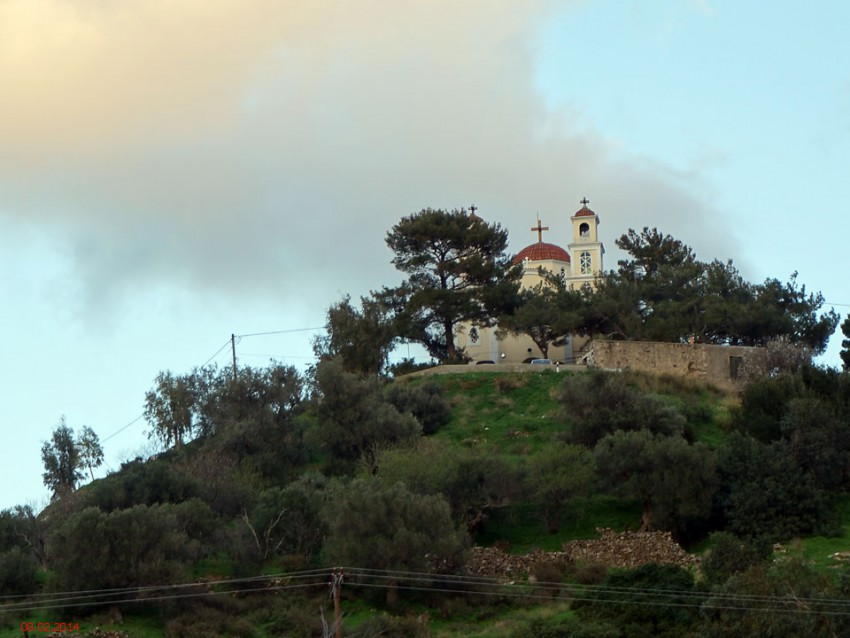 Неизвестная церковь, Сфака