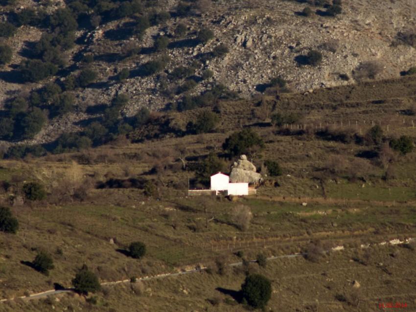 Неизвестная церковь, Авраконтес