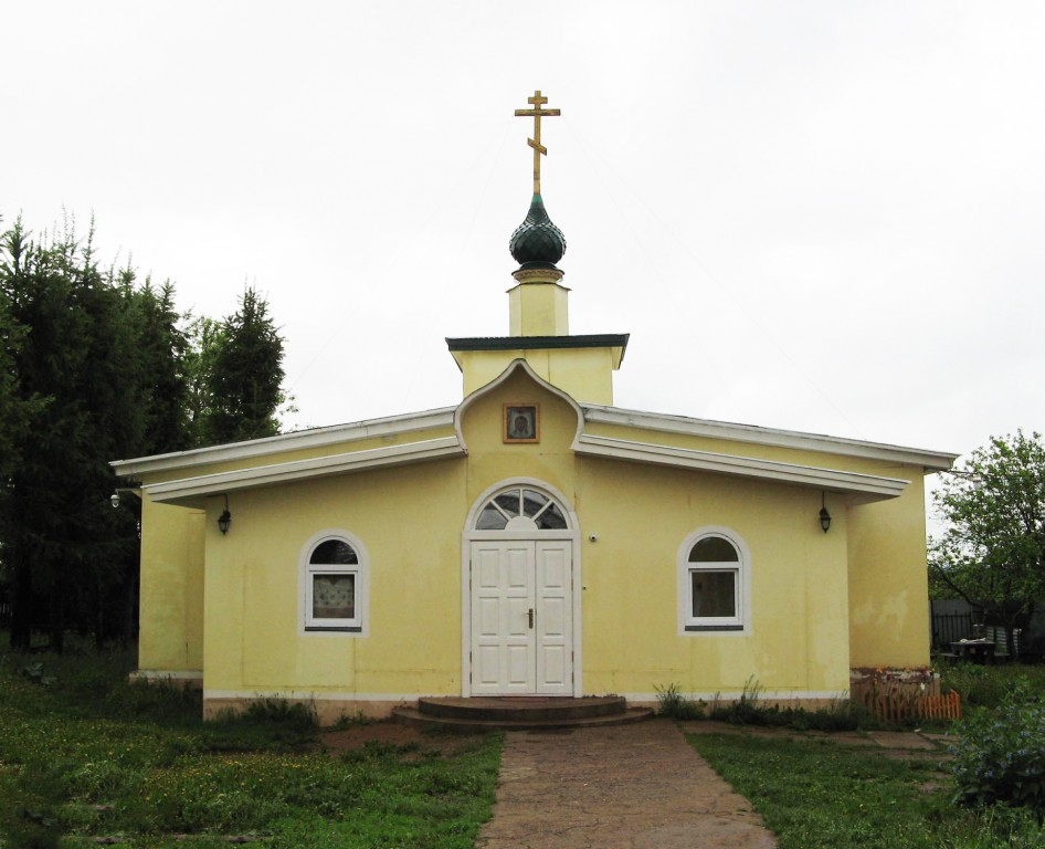 Церковь Николая Чудотворца, Красное
