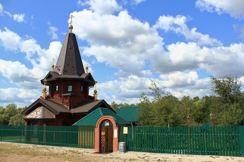 Александро-Невский мужской монастырь, Старая Бинарадка
