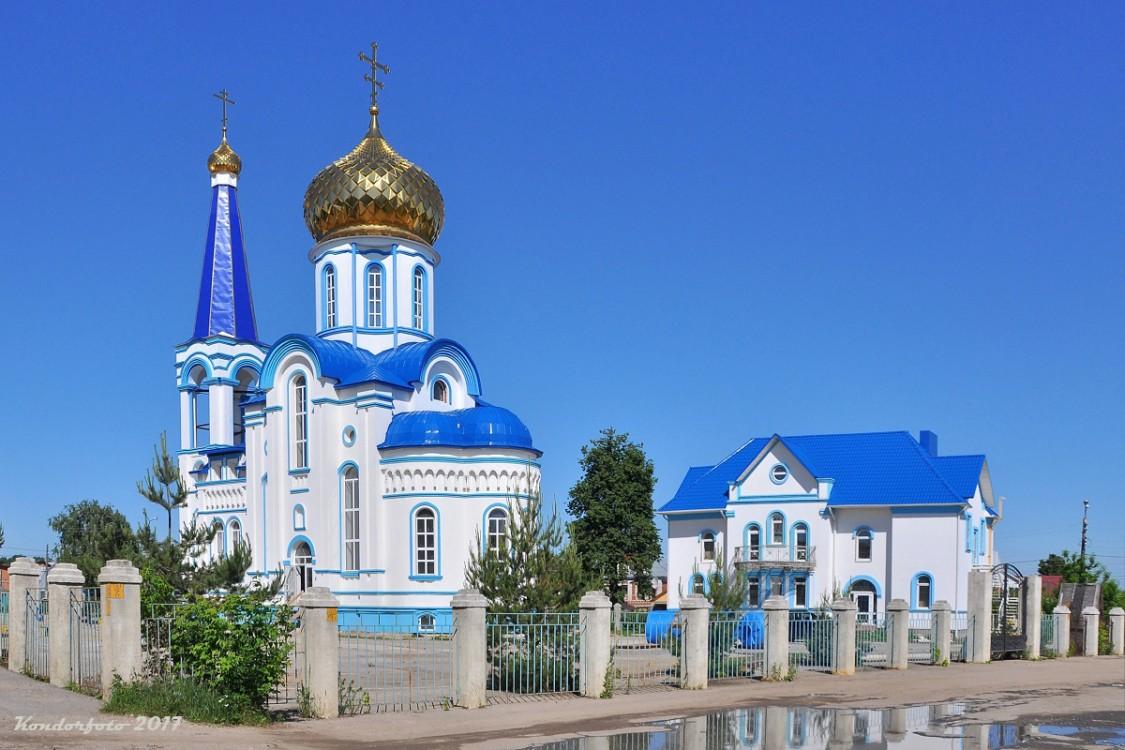 Тульская область, Тула, город, Тула. Церковь Казанской иконы Божией Матери, фотография. общий вид в ландшафте