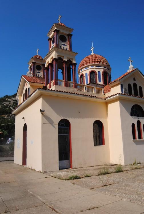 Греция, Крит (Κρήτη), Карес. Церковь Мануила и Иоанна, фотография. фасады
