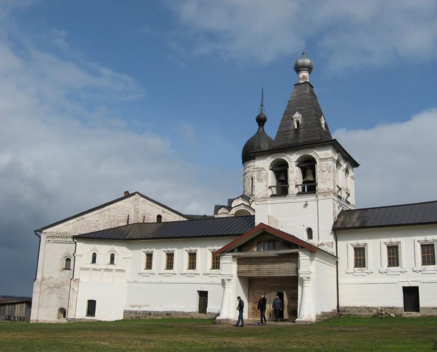 Ферапонтов монастырь. Колокольня, Ферапонтово