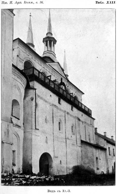 Тихвинский Богородице-Успенский мужской монастырь. Звонница, Тихвин