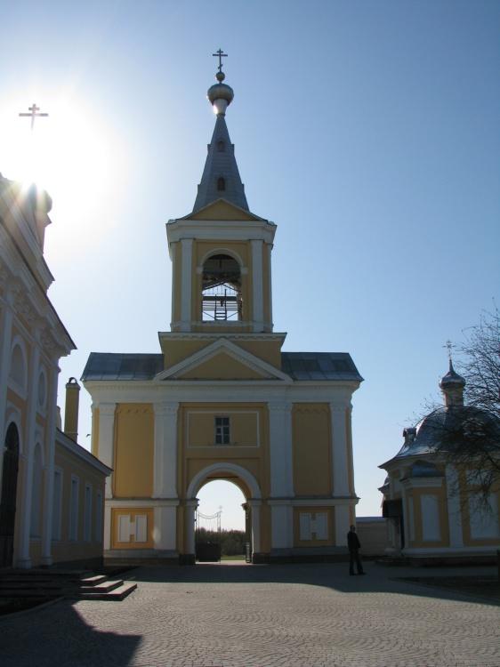 Введено-Оятский женский монастырь. Колокольня, Оять