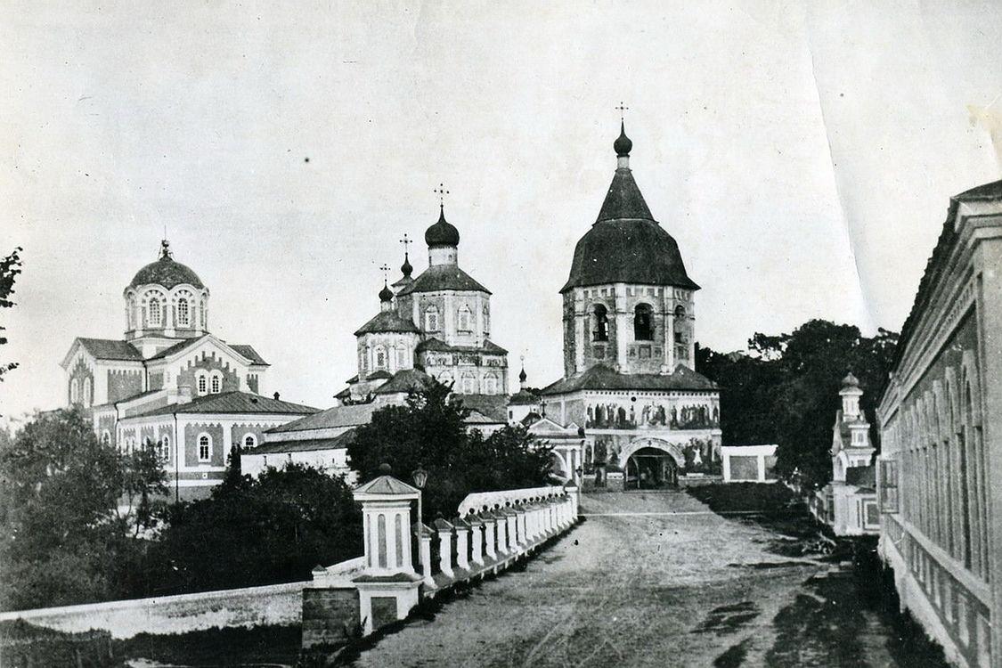 Рождества Пресвятой Богородицы Молчанский женский монастырь. Колокольня, Путивль