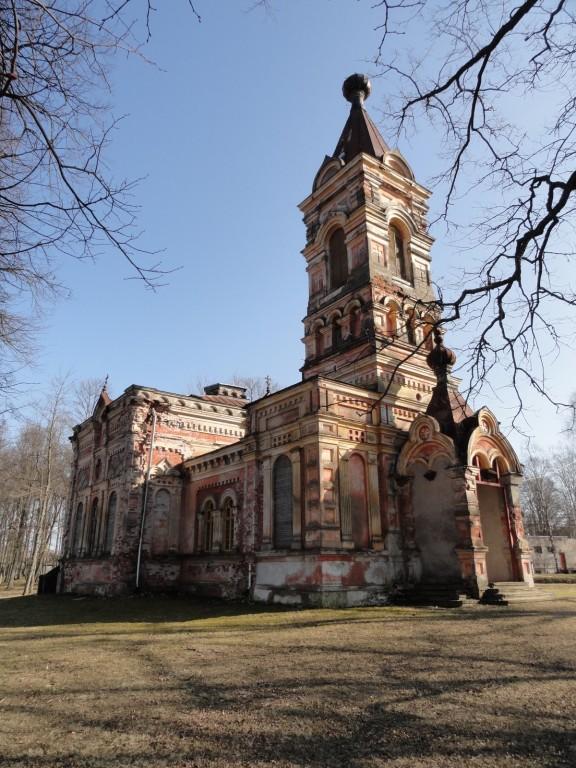Эстония, Пярнумаа, Синди (Sindi). Церковь Богоявления Господня, фотография. фасады