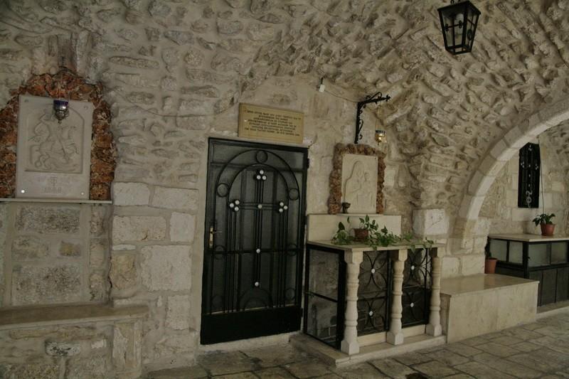 Прочие страны, Израиль, Иерусалим - Старый город. Монастырь Георгия Победоносца, фотография. фасады, Вход в церковь