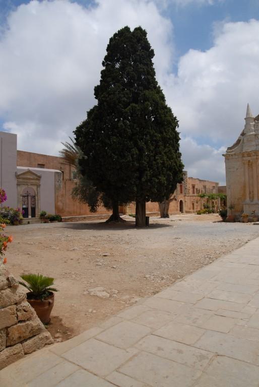 Константино-Еленинский монастырь, Аркади
