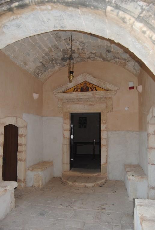 Греция, Крит (Κρήτη), Аркади. Константино-Еленинский монастырь, фотография. архитектурные детали