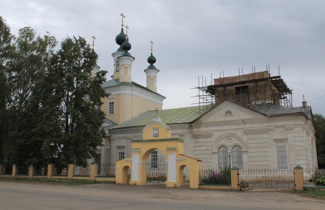 Костромская область, Шарьинский район, Николо-Шанга. Церковь Спаса Преображения, фотография. фасады