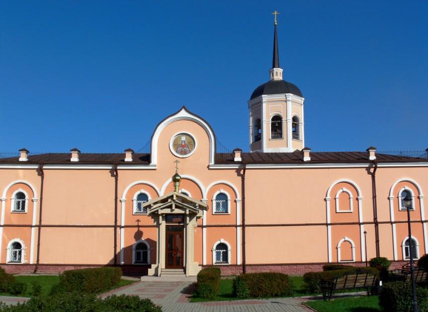 Часовня Петра и Февронии, Томск