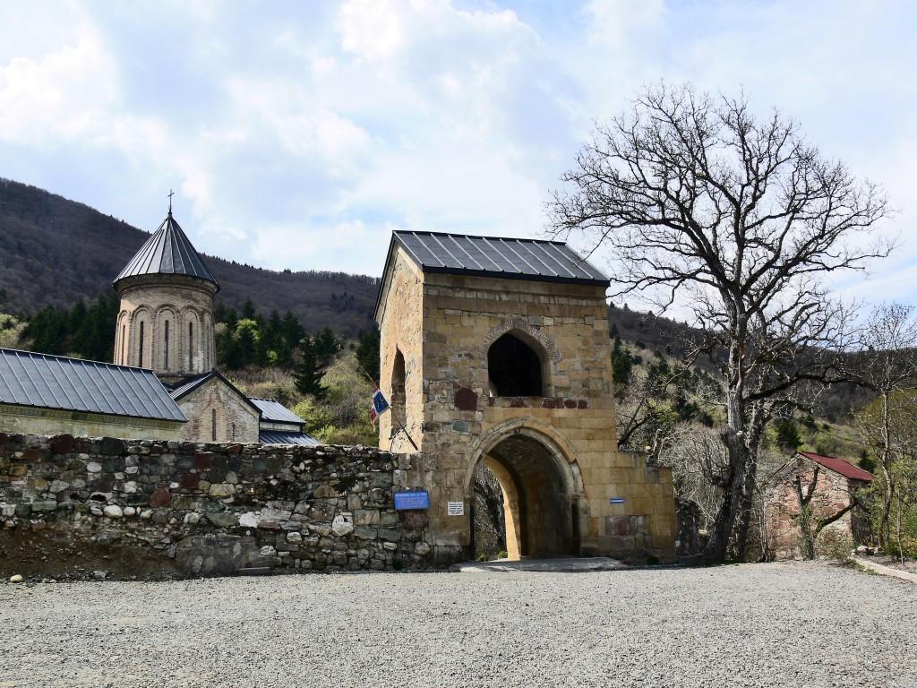 Монастырь Николая Чудотворца, Кинцвиси