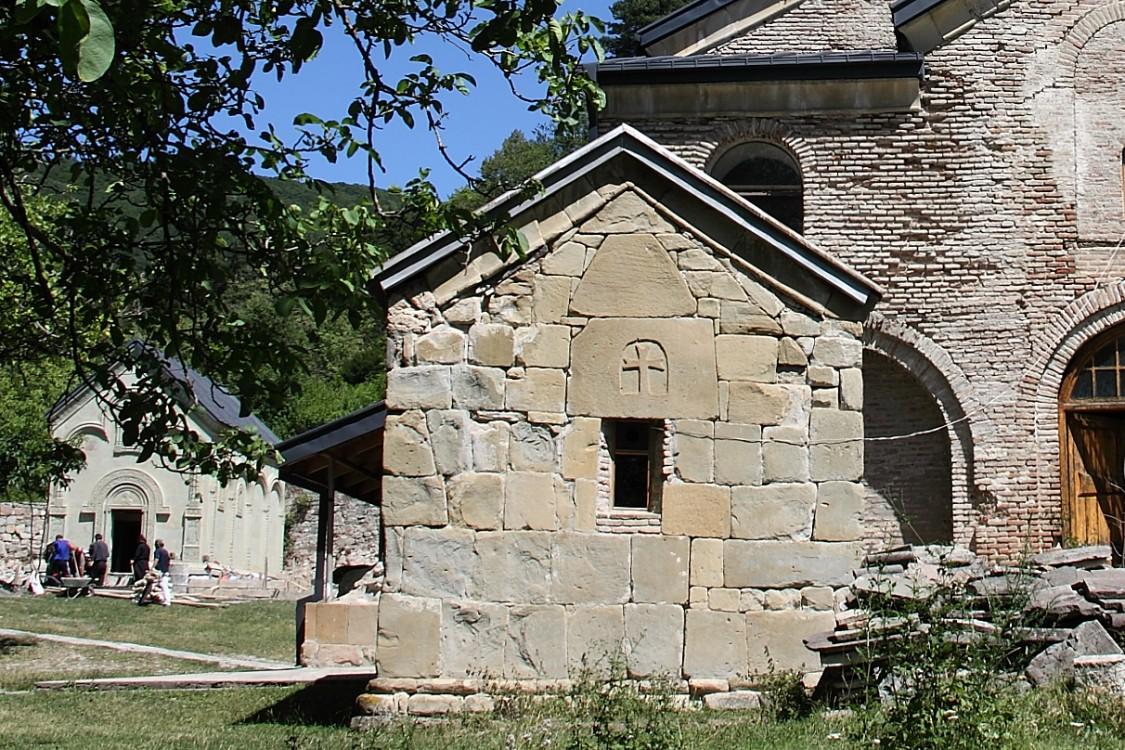 Монастырь Николая Чудотворца. Церковь Георгия Победоносца, Кинцвиси