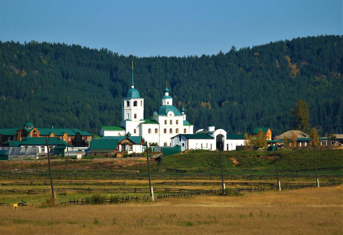 Республика Бурятия, Прибайкальский район, Батурино. Сретенский женский монастырь, фотография. общий вид в ландшафте