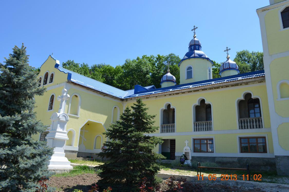 Веверицкий Скорбященский монастырь, Веверица