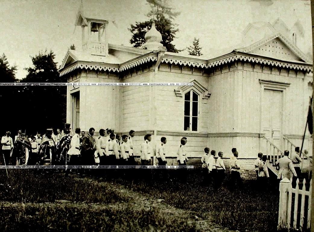 Церковь Михаила Архангела при летнем лагере Тифлисского кадетского корпуса, Манглиси