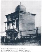 Неизвестная часовня в башне Балаганского острога - Балаганск (акватория Братского водохранилища) - Балаганский район - Иркутская область