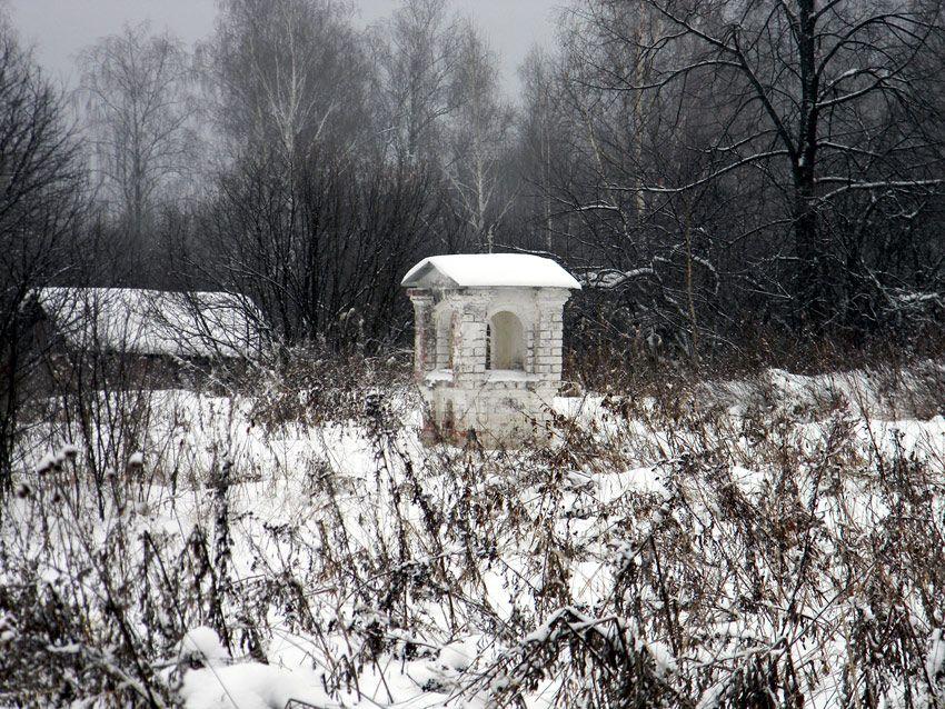 Ивановская область, Вичугский район, Бортиха. Неизвестная часовня, фотография. общий вид в ландшафте