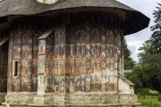 Молдовица. Монастырь Молдовица. Церковь Благовещения Пресвятой Богородицы